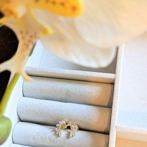 Jewelry - Baguette Diamond Earrings in Gold